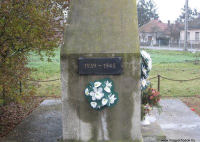 Nemesbikk II.vh emlékmű 2007.11.20. küldő-Kályhás (2)