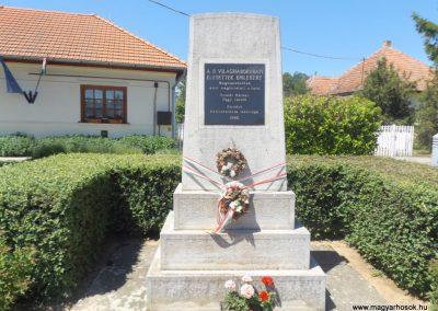 Nemesborzova II. világháborús emlékmű 2017.05.28. küldő-kalyhas (1)