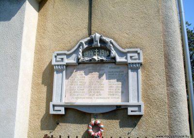 Nemesgulács, templom világháborús emléktáblák 2012.08.04. küldő-Nerr (1)