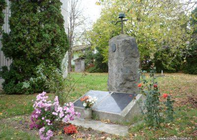Nemeshetés világháborús emlékmű 2013.10.30. küldő-Sümec (12)