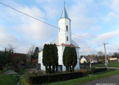 Nemeskisfalud I. és II. világháborús emlékmű 2014. 10.25. küldő-kalyhas