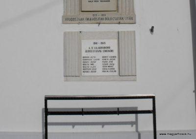 Nemeskolta világháborús emléktáblák 2009.01.19.küldő-gyurkusz (2)