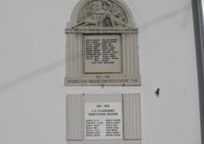 Nemeskolta világháborús emléktáblák 2009.01.19.küldő-gyurkusz