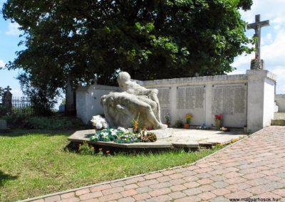 Nemesnádudvar világháborús emlékmű 2014.07.13. küldő-Méri (2)