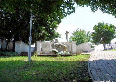 Nemesnádudvar világháborús emlékmű 2014.07.13. küldő-Méri