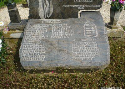 Nemesnép világháborús emlékmű 2009.09.16. küldő-Sümec (3)