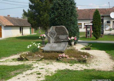 Nemesnép világháborús emlékmű 2009.09.16. küldő-Sümec