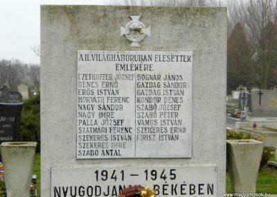 Nick II. világháborús emlékmű 2015.12.20. küldő-Méri (1)