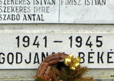 Nick II. világháborús emlékmű 2015.12.20. küldő-Méri (3)