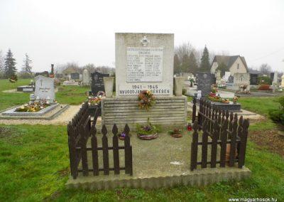 Nick II. világháborús emlékmű 2015.12.20. küldő-Méri