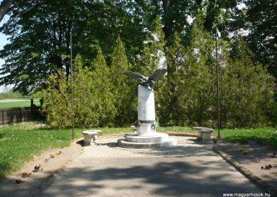 Nikla II.vh emlékmű 2009.04.21.küldő-Sümec