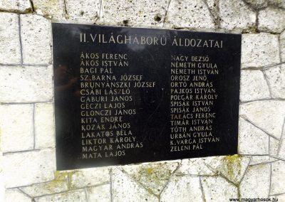 Novajidrány II. világháborús emlékmű 2014.08.24. küldő-kalyhas (3)
