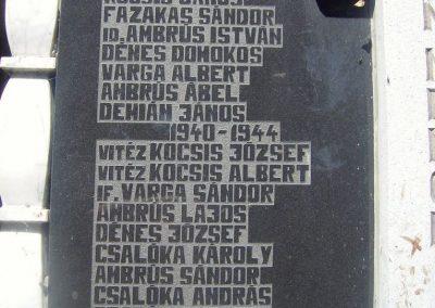 Nyárádszentmárton világháborús emlékmű 2011.08.14. küldő-Csiszár Lehel (3)