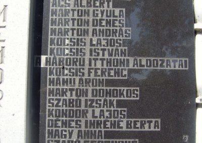 Nyárádszentmárton világháborús emlékmű 2011.08.14. küldő-Csiszár Lehel (4)