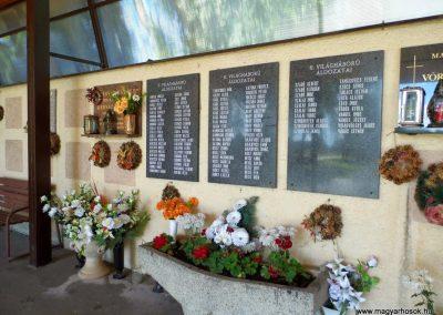 Nyárasd világháborús emléktáblák 2014.06.18. küldő-Méri (2)