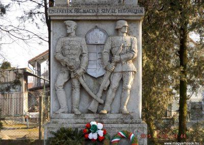Nyáregyháza világháborús emlékmű 2015.02.19. küldő-kalyhas (4)