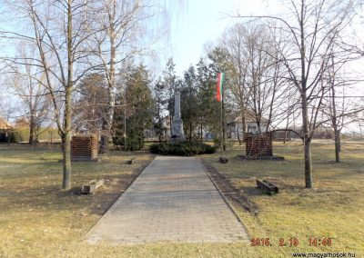 Nyáregyháza világháborús emlékmű 2015.02.19. küldő-kalyhas