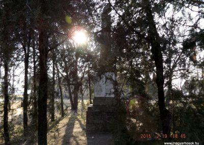 Nyáregyháza világháborús emlékmű 2015.02.19. küldő-kalyhas (8)