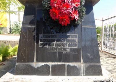 Nyírábrány II. világháborús emlékmű 2017.06.22. küldő-kalyhas (2)