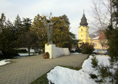Nyíradony világháborús emlékmű 2014.02.07. küldő-kalyhas (15)