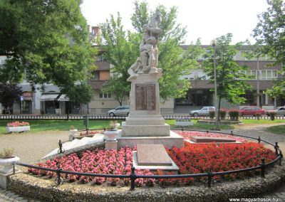 Nyírbátor világháborús emlékmű 2013.06.22. küldő-kalyhas (5)