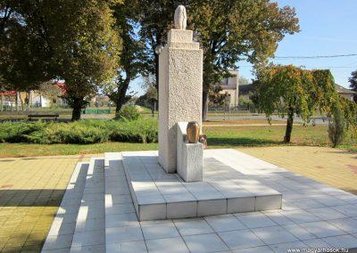 Nyírbéltek hősi emlékmű 2013.10.11. küldő-kalyhas (5)