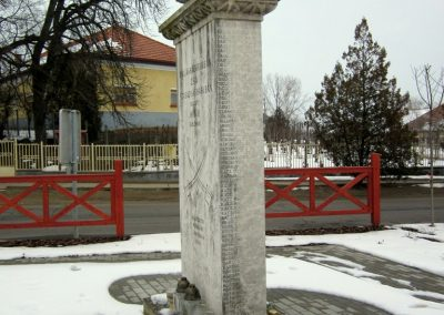 Nyírbogát világháborús emlékmű 2014.02.07. küldő-kalyhas (4)