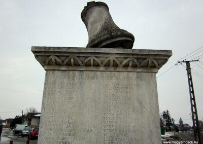 Nyírbogát világháborús emlékmű 2014.02.07. küldő-kalyhas (8)