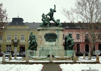 Nyíregyháza I. világháborús emlékmű 2014.02.07. küldő-kalyhas (1)