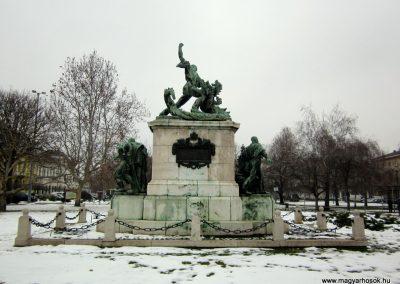 Nyíregyháza I. világháborús emlékmű 2014.02.07. küldő-kalyhas (8)