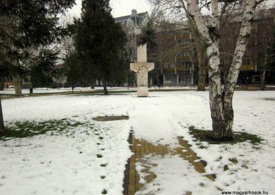 Nyíregyháza II. világháborús emlékmű 2014.02.07. küldő-kalyhas