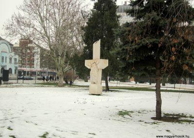 Nyíregyháza II. világháborús emlékmű 2014.02.07. küldő-kalyhas (8)
