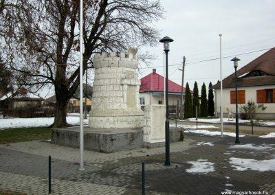 Nyírgelse világháborús emlékmű 2014.02.07. küldő-kalyhas (10)