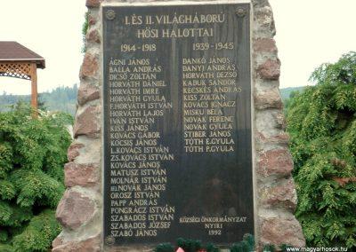 Nyíri világháborús emlékmű 2012.06.08. küldő-megtorló (2)