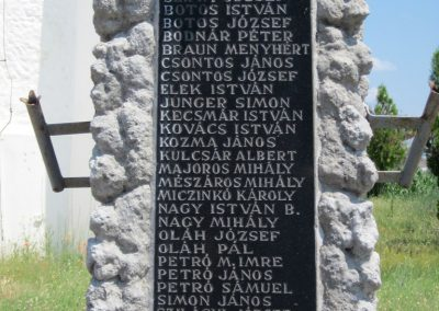 Nyíribrony I. és II. világháborús emlékmű 2013.07.08. küldő-kalyhas (4)