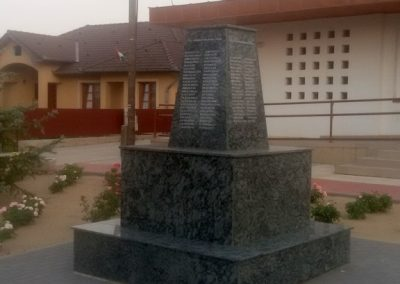 Nyírkarász új világháborús emlékmű 2017.08.06. küldő-Eszterhai Zsuzsa