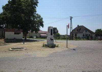 Nyírkarász világháborús emlékmű 2013.07.08. küldő-kalyhas