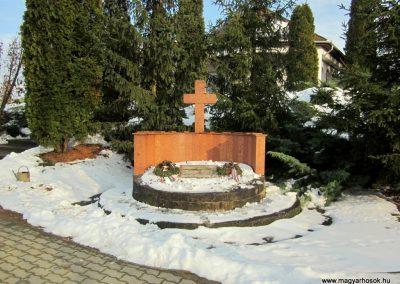 Nyírlugos II. világháborús emlékmű 2014.02.07. küldő-kalyhas