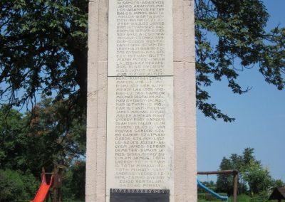 Nyírmada I. világháborús emlékmű 2013.07.08. küldő-kalyhas (2)