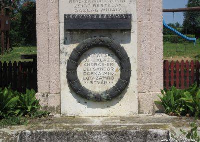 Nyírmada I. világháborús emlékmű 2013.07.08. küldő-kalyhas (6)