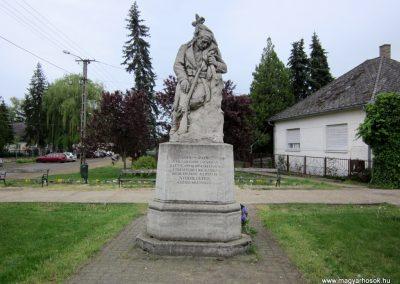 Nyírmeggyes I. világháborús emlékmű 2014.04.25. küldő-kalyhas (2)
