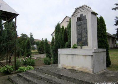 Nyírtét világháborús emlékmű 2013.05.23. küldő-kalyhas (7)
