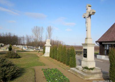Nyírtass világháborús emlékmű 2014.02.24. küldő-kalyhas (11)