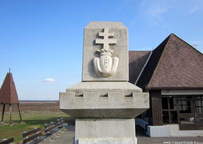 Nyírtass világháborús emlékmű 2014.02.24. küldő-kalyhas (7)