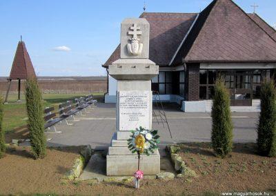 Nyírtass világháborús emlékmű 2014.02.24. küldő-kalyhas (9)