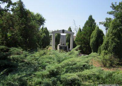 Nyírtura világháborús emlékmű 2013.07.08. küldő-kalyhas (7)