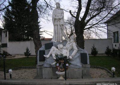 Nyőgér I.vh emlékmű 2008.01.27.küldő-Tamás2