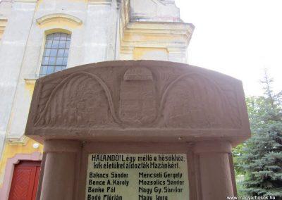 Nyirád I.világháborús emlékmű 2013.08.22. küldő-kalyhas (2)