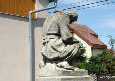 Okány világháborús emlékmű 2014.07.17. küldő-Sümec (12)