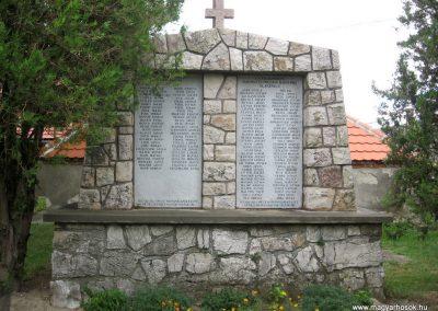 Olaszfalu világháborús emlékmű 2010.07.24. küldő-kalyhas (1)